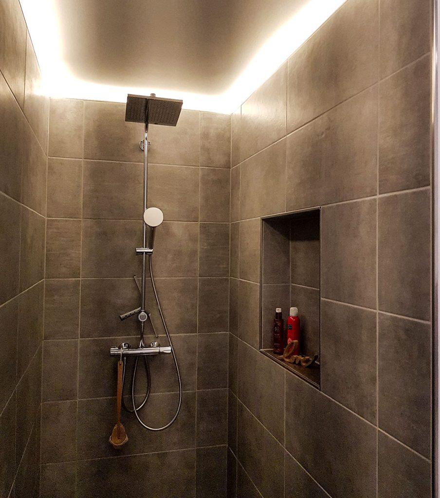 Offene Dusche Kundenprojekt Fliese Titan