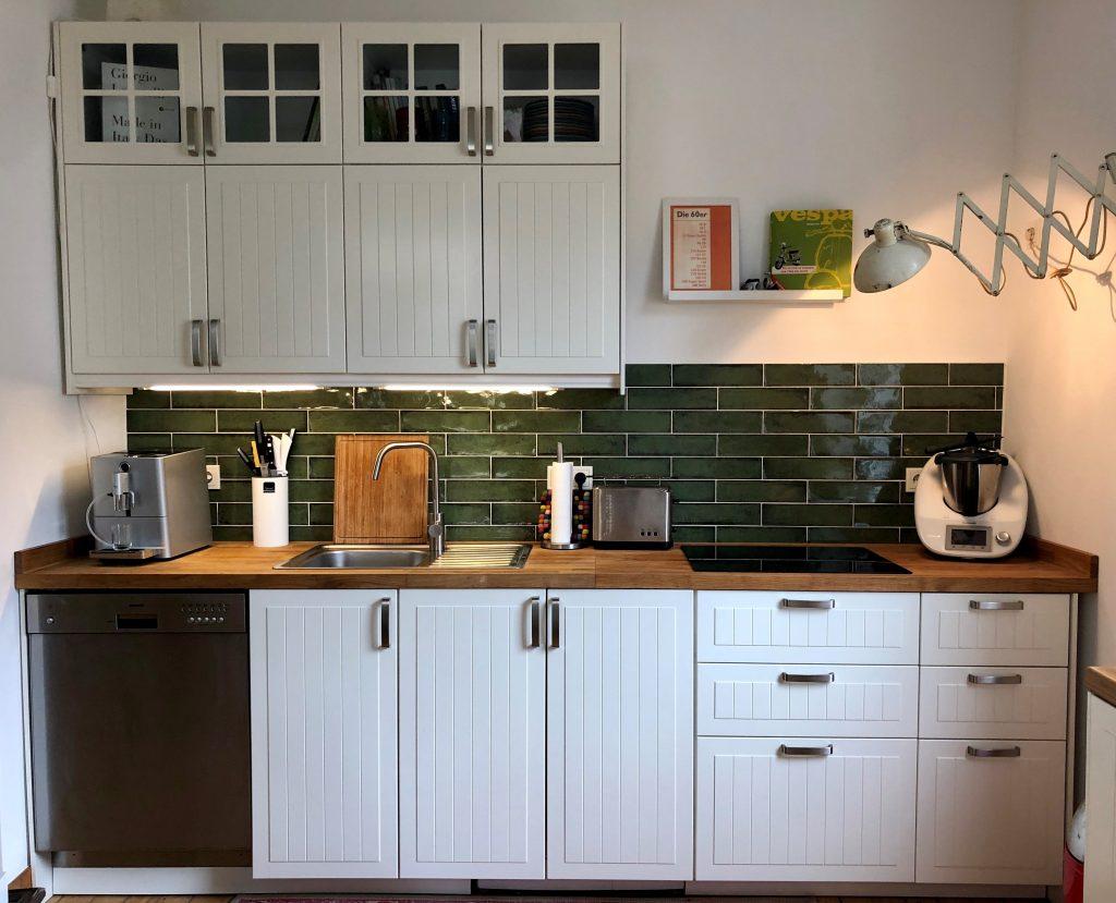 Flam Olivgrün Wandfliese in der Küche