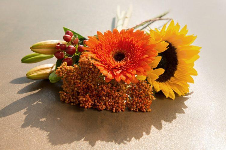 Moodboard September – Dekorieren mit Blumen
